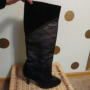 Seychelles black leather boots